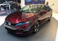 honda-starts-sales-of-clarity-fuel-cell