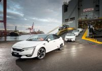 honda-clarity-fuel-cell-arrives-in-europe