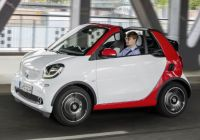 smart-fortwo-cabrio-offers-frugal-entry-to-opentop-motoring