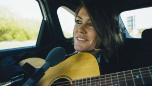 Cerys Matthews uses electric car fleet to record music video