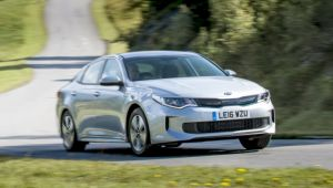Kia Optima PHEV saloon review