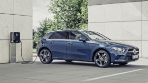 Mercedes reveals PHEV versions of A-Class and B-Class