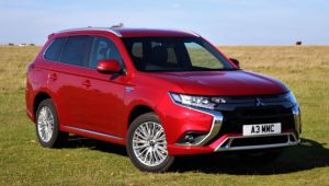 Mitsubishi boosts kit on Outlander PHEV