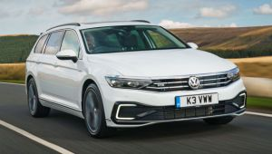 Volkswagen Passat GTE Estate review