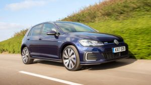VW Golf GTE First Drive