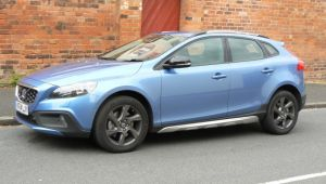 Volvo V40 D4 Cross Country review
