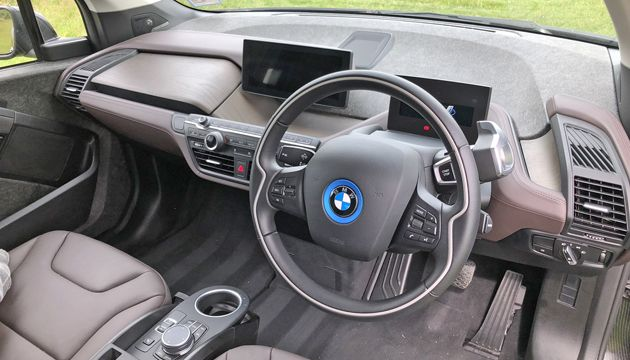 BMW i3 120Ah interior