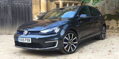 VW Golf GTE Top 5 PHEVs UK
