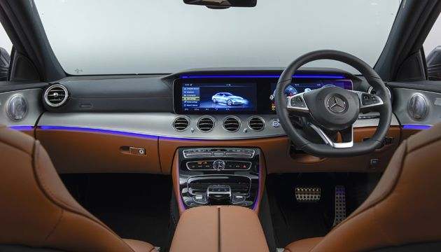 Mercedes Benz E 350e interior