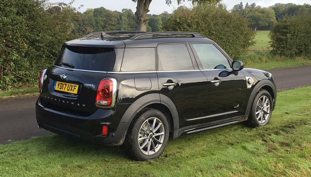mini countryman cooper s e all4 review next green car. Black Bedroom Furniture Sets. Home Design Ideas