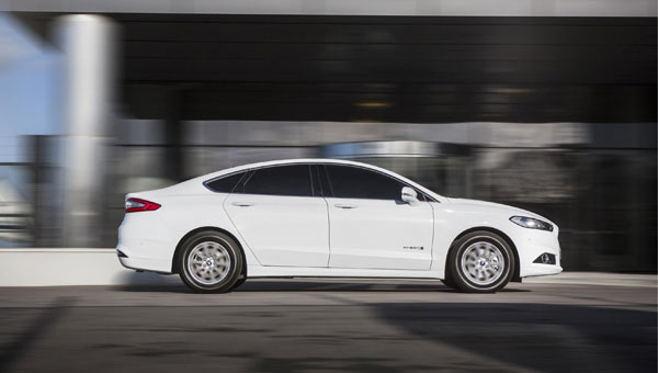 Ford Mondeo Hybrid Review Next Green Car