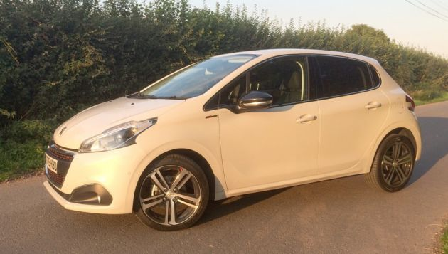 Peugeot 208 1.2 PureTech review