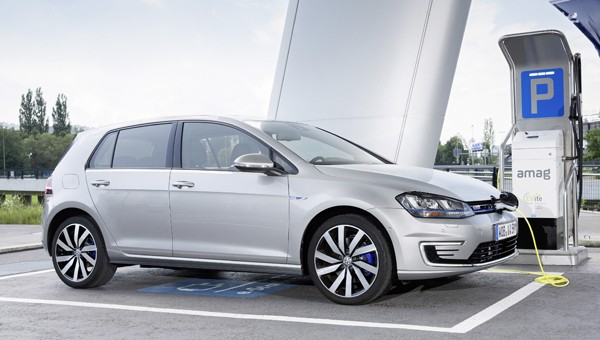 Vw Golf Gte Plugin Hybrid Review Next Green Car