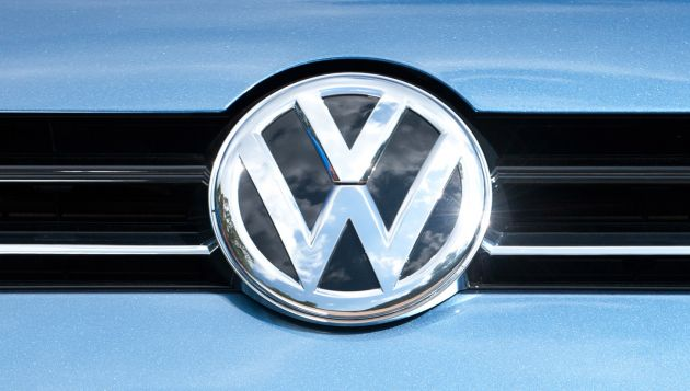 VW fined 1bn euros by German prosecutors over diesel emissions