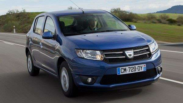dacia sandero laureate review next green car. Black Bedroom Furniture Sets. Home Design Ideas