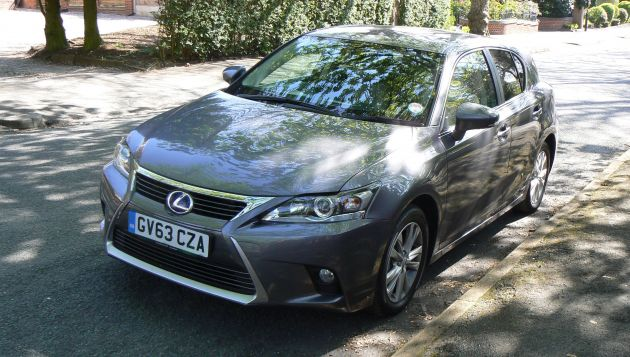 lexus ct 200h review next green car. Black Bedroom Furniture Sets. Home Design Ideas