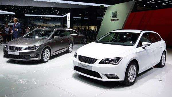 SEAT Reveals New Efficient Leon Models