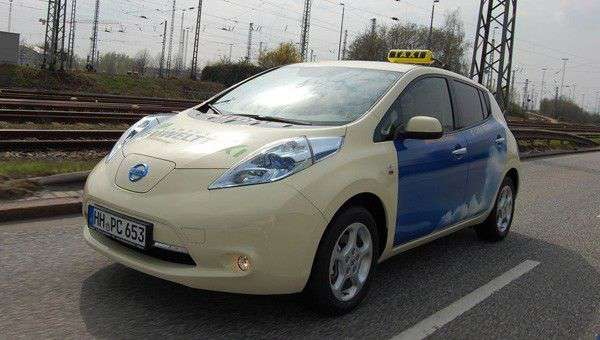 nissan leaf cleans up the taxi business next green car. Black Bedroom Furniture Sets. Home Design Ideas