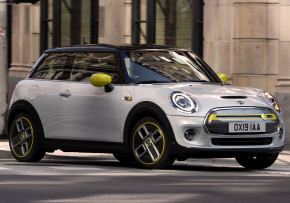 MINI Electric 32kWh Mid Auto 3 door, Electric (av UK mix), CO2 emissions 0 g/km, MPG 163.0