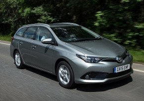 Fuel cost calculator TOYOTA Auris Touring Sports