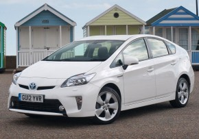 TOYOTA Prius Mark III 1.8 VVT-i Hybrid 15in wheel [2009], Petrol Hybrid, CO2 emissions 89 g/km, MPG 72.4