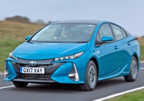 TOYOTA Prius Plug-In 1.8 VVT-i Business Edition Plus Auto [Solar Roof], Plug-in Petrol Hybrid, CO2 emissions 28 g/km, MPG 283.0