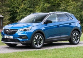 VAUXHALL Grandland X 1.6 Tech Line Nav 120PS Turbo D Start/Stop BlueInjection, Diesel, CO2 emissions 104 g/km, MPG 71.7